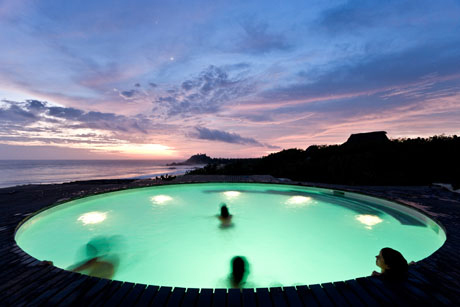 orozco-pool-2